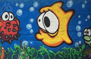 Riesen-Aquarium auf Beton-Silo in Garstedt